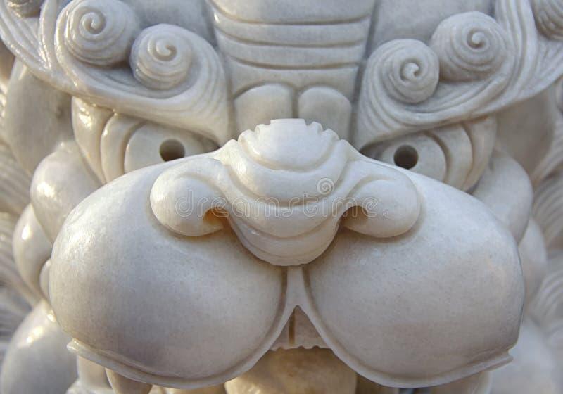 Marmurowa statua mityczny lew w azjaty stylu, głowa Wietnam fotografia royalty free