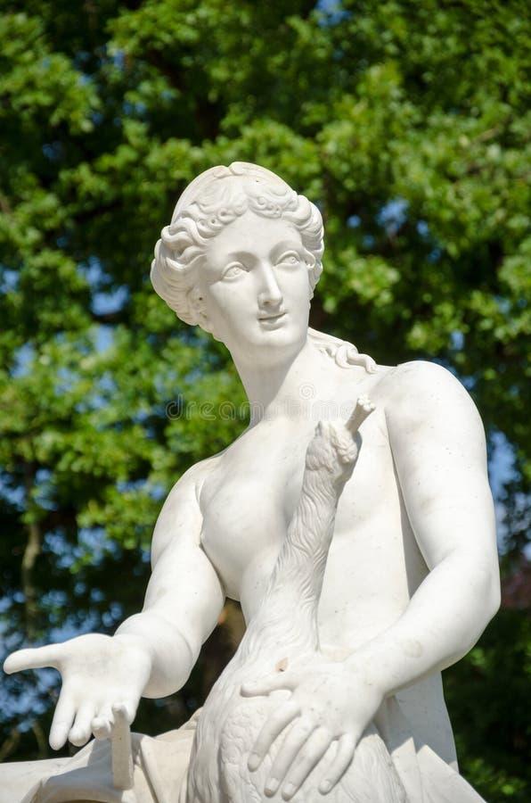 Marmurowa statua w Parkowym Sanssouci, Potsdam, Niemcy obrazy royalty free