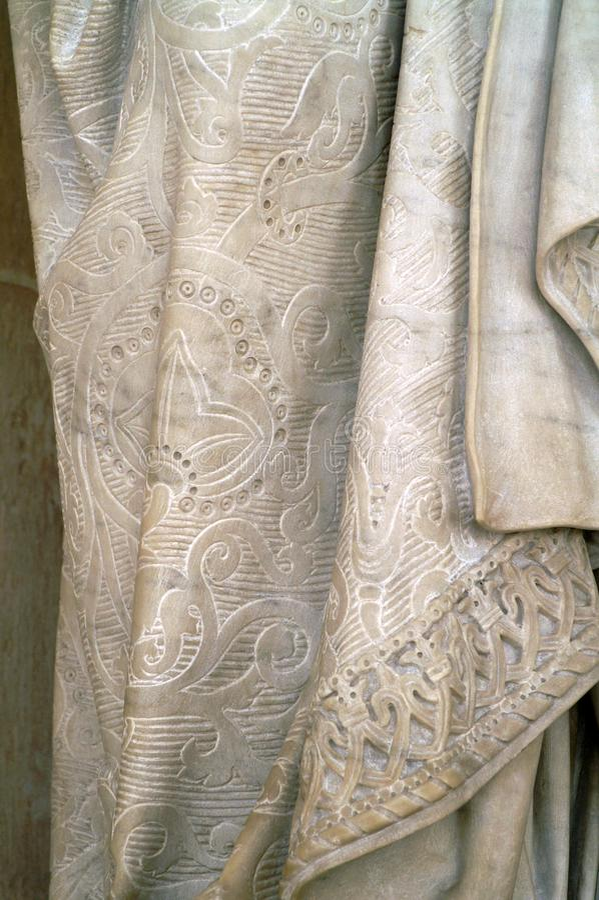 Marmurowa suknia - czerep statua obrazy stock