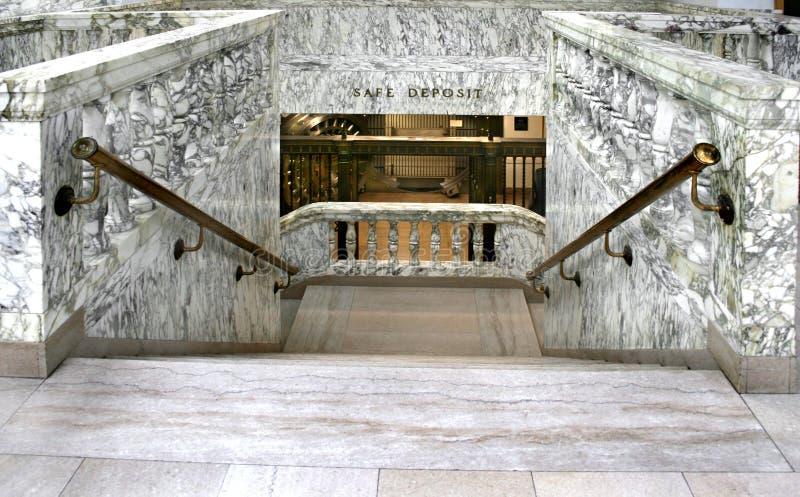 marmurowi schody sklepiać banków, zdjęcie stock