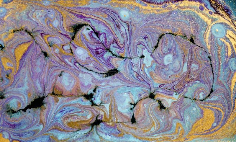 Marmurowy abstrakcjonistyczny akrylowy tło Błękitna marmoryzaci grafiki tekstura Agat czochry wzór Złoto proszek zdjęcie royalty free
