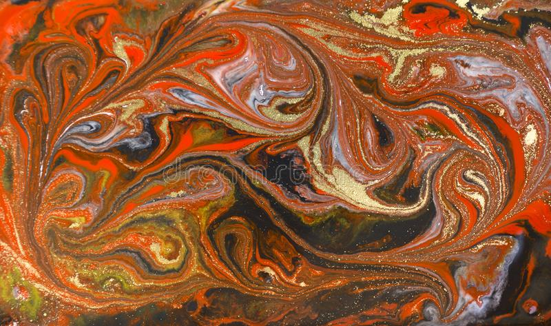 Marmurowy abstrakcjonistyczny akrylowy tło Czerwona marmoryzaci grafiki tekstura Agat czochry wzór Złoto proszek obrazy stock
