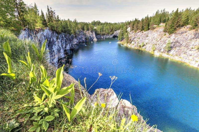 Marmurowy jar - Ruskeala g?ry park, Karelia, Rosja zdjęcia royalty free