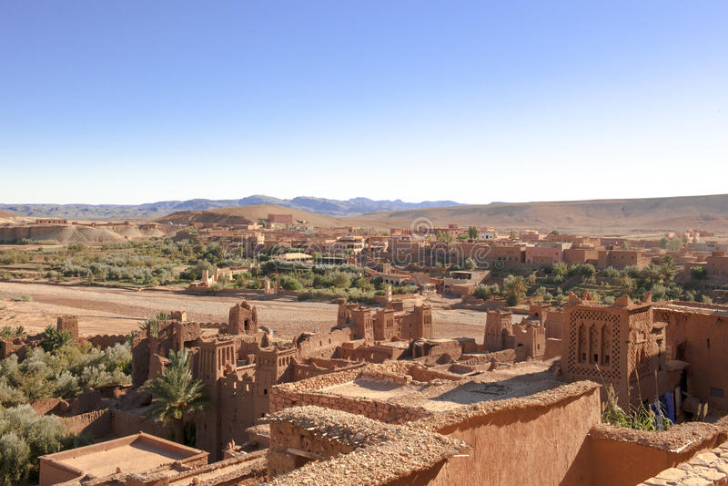 maroccan kasbah för ait-benhaddouberber royaltyfria bilder