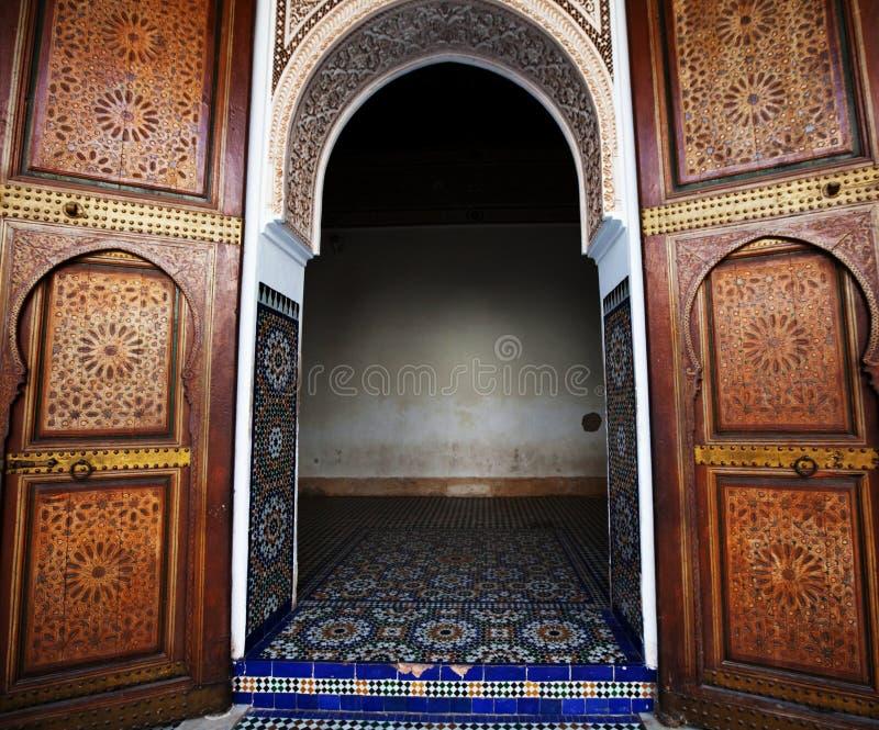 Marockansk dörr arkivfoton