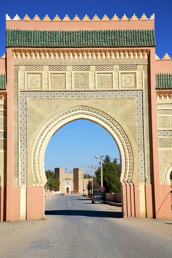 Marocko båge i gammal konstruktion arkivbilder