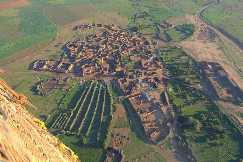 Marokkaans dorp bij dageraad stock foto