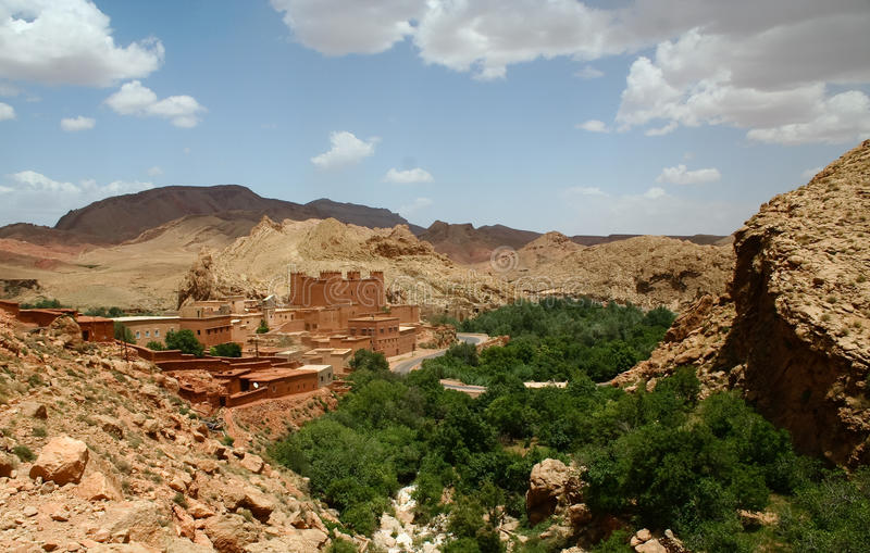 Marokkaans landschap stock afbeeldingen
