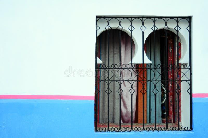 Marokkaans venster stock foto's