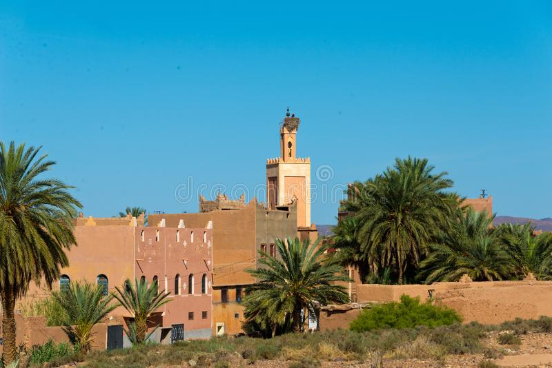 Marokkaanse berberstad ouarzazate stock fotografie