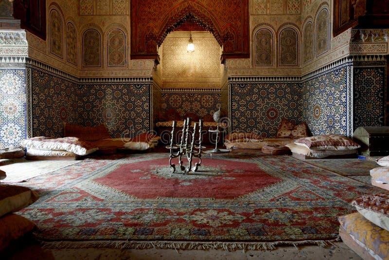 Marokkaanse binnenarchitectuur royalty-vrije stock afbeeldingen