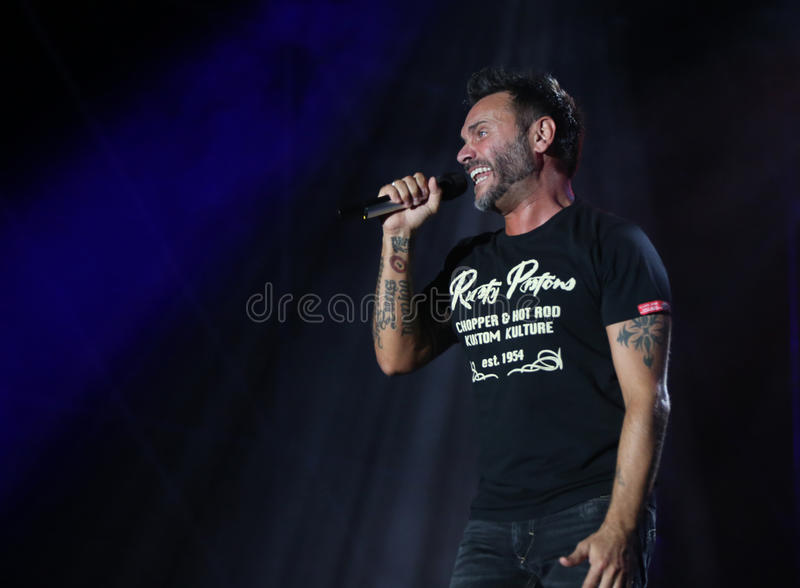Marostica, VI, Itália - 7 de julho de 2017: Live Concert de NEK um Ital foto de stock