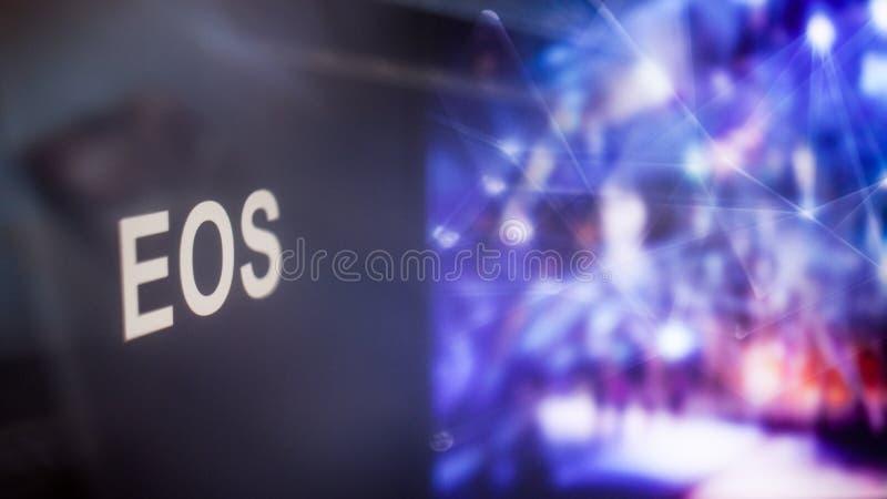 Marque d'EOS Cryptocurrency comportement des échanges de cryptocurrency, concept Technologies financières modernes photographie stock