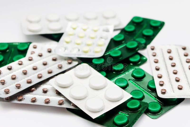 Marque sur tablette des médecines photos stock