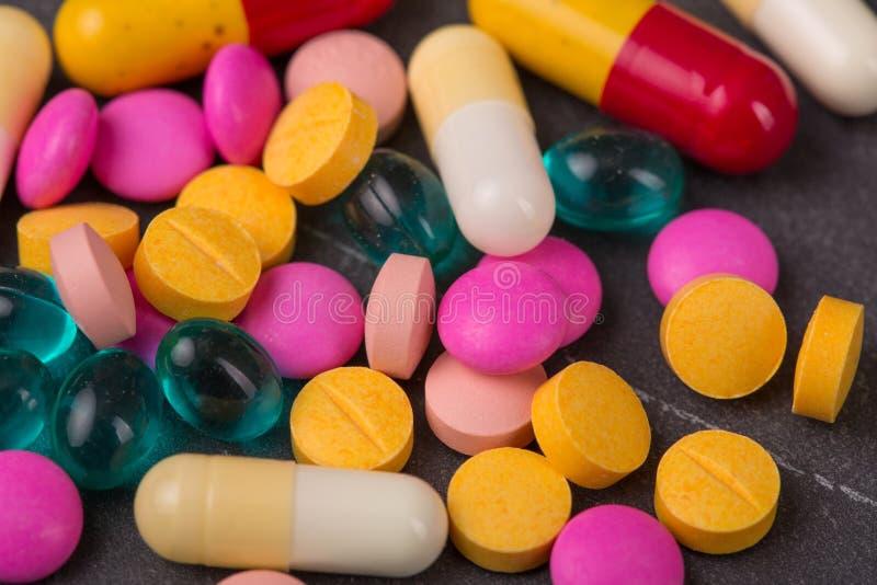 Marque sur tablette des pilules images stock