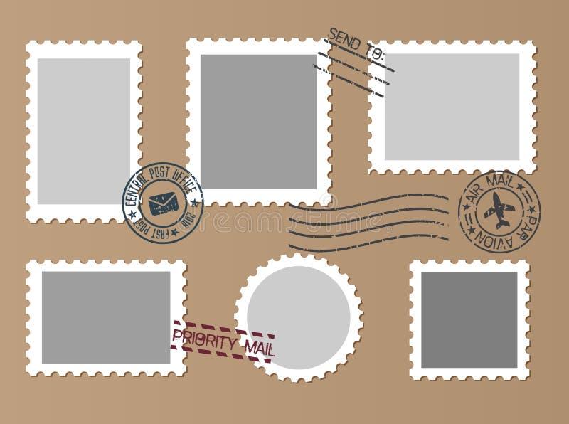Marques de courrier réglées sur le fond de papier de métier Ensemble d'affranchissement vide S illustration stock