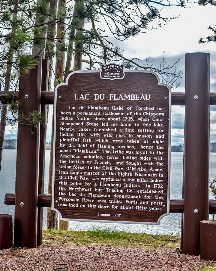 Marqueur historique du Lac Du Flambeau - Wisconsin photo libre de droits