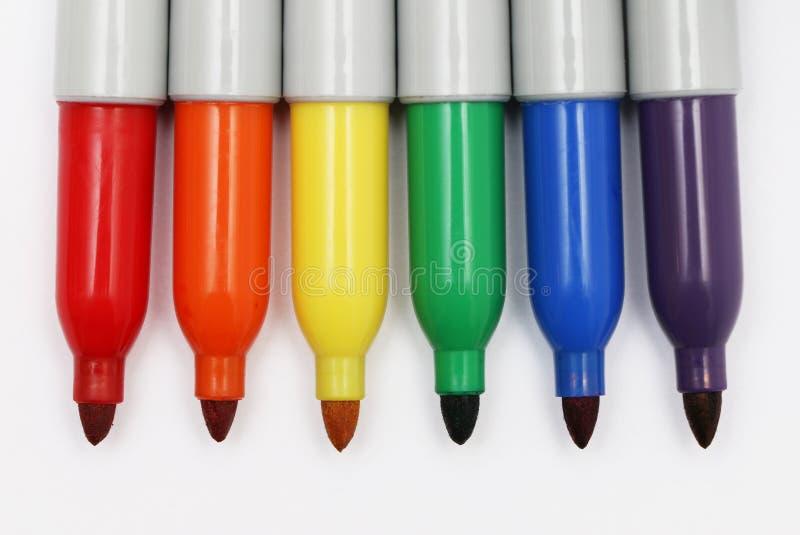 Marqueurs permanents colorés par arc-en-ciel 2 photographie stock