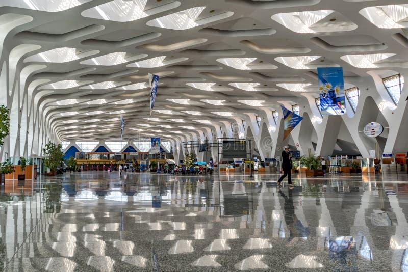 Marrakech insite September2016 Maroko lotniskowy widok sala z swój specjalnymi architektonicznymi liniami w dachu i stronie t obraz stock