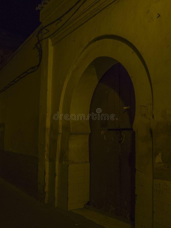 Marrakech medina gator arkivbild