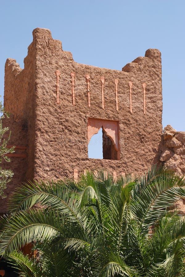 Marrakesch-Ziegelsteinwand stockbilder