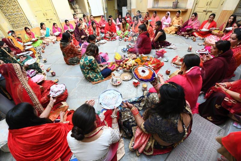 Married Hindu women offer prayers stock photos