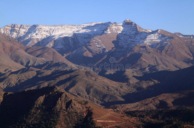 Marrocos as montanhas de atlas altas foto de stock