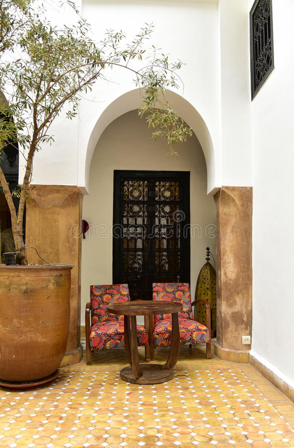 Marroquí Riad Interior foto de archivo libre de regalías