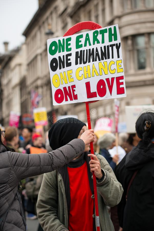 Mars contre le racisme - Londres, R-U photo stock
