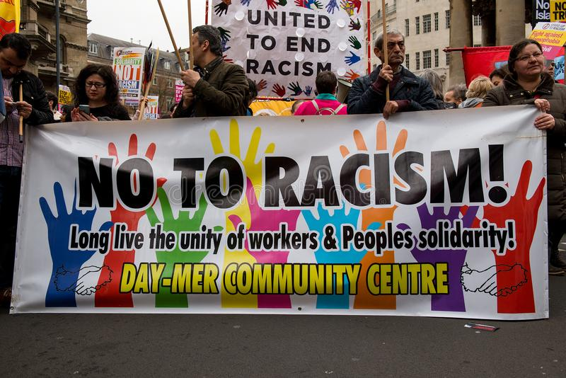 Mars contre le racisme - Londres, R-U photo libre de droits