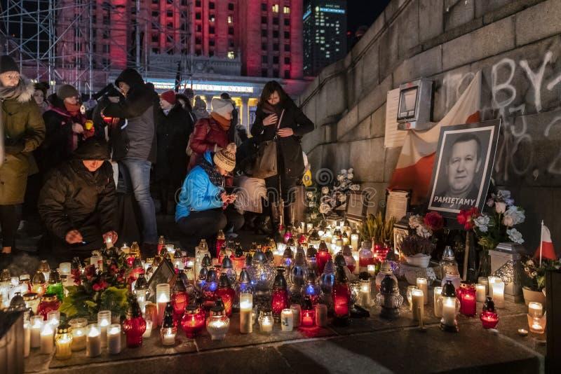 Mars en commémoration de maire assassiné Adamowicz In Warsaw image libre de droits