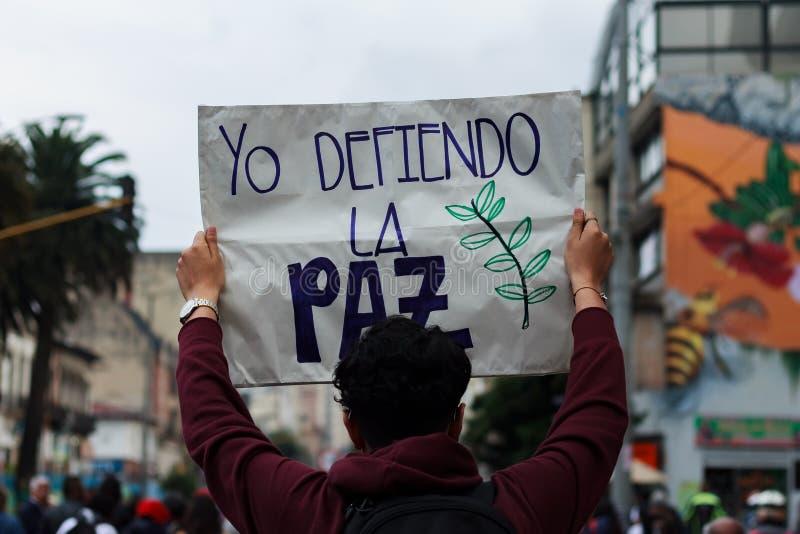 18 Mars 2019 - mars för försvaret av JEPEN, special jurisdiktion för fredBogotà ¡ Colombia arkivfoto