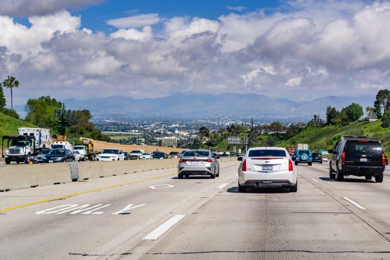 20 mars 2019 Los Angeles/CA/Etats-Unis - voyageant sur la route 405 vers I5 image libre de droits