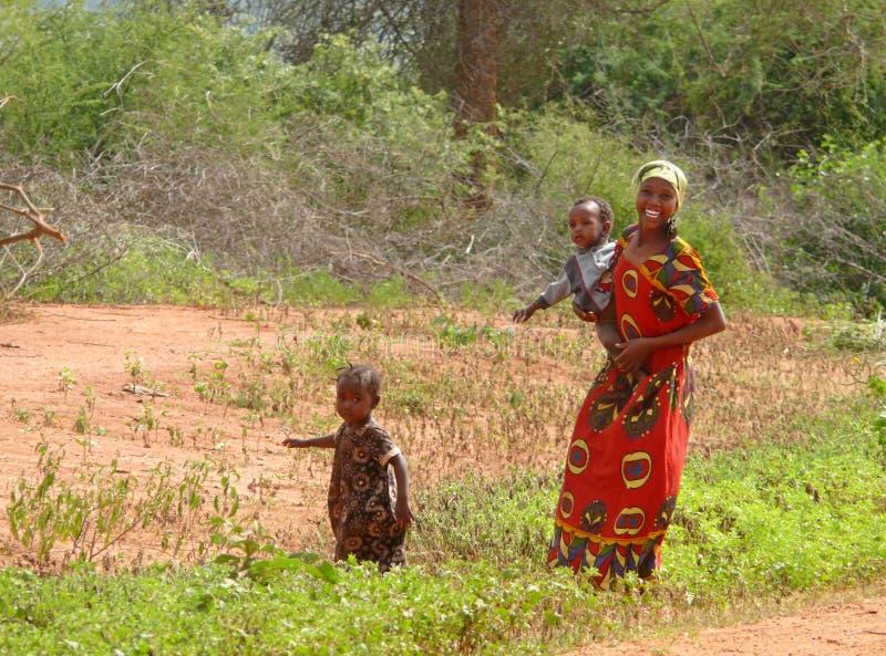MARSABIT KENJA, LISTOPAD, - 27, 2008: Niewiadoma kobieta od t fotografia stock