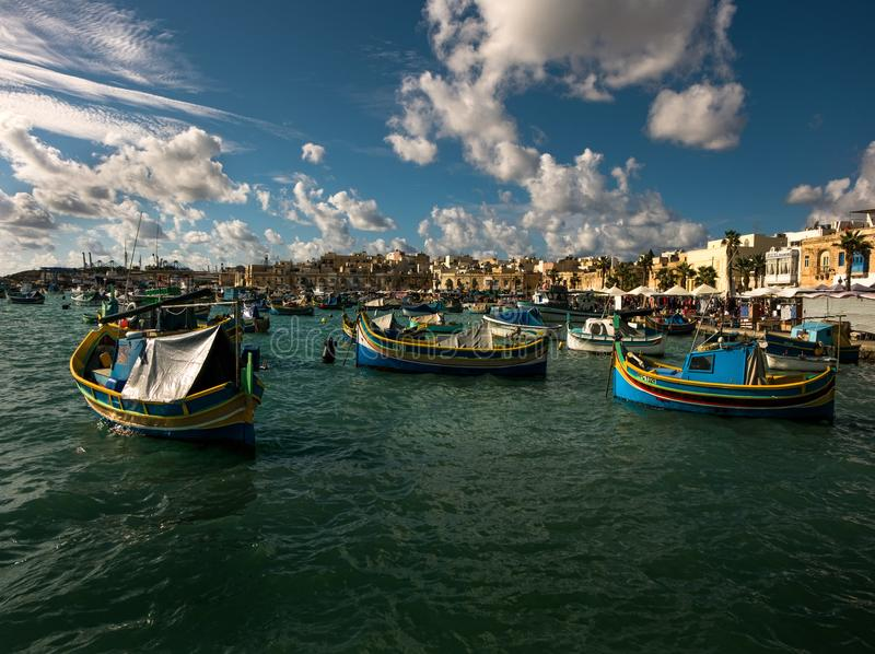 marsaxlokk Łódkowaty cumowanie valletta Wyspa Malta obraz stock