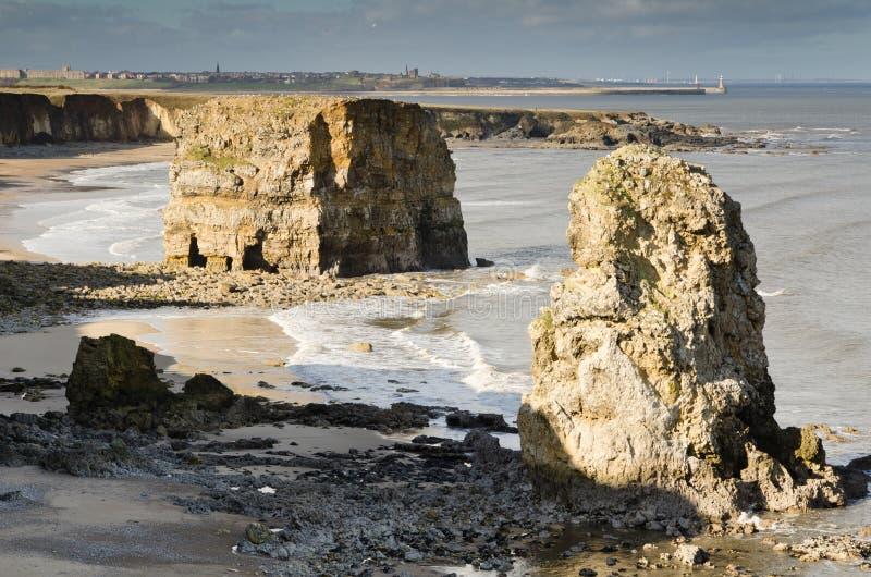 Marsden海湾岩石 库存照片