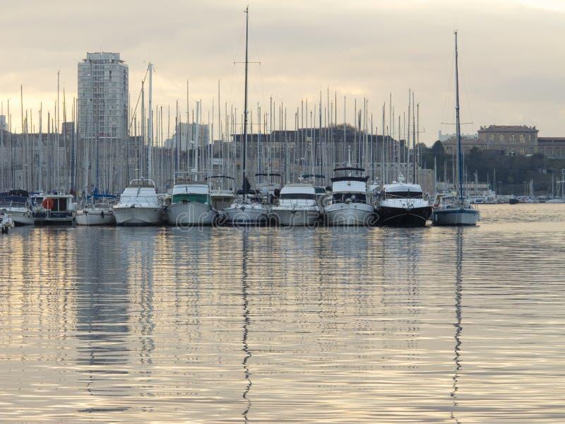 Download Marseille redactionele fotografie. Afbeelding bestaande uit mooi - 39100392