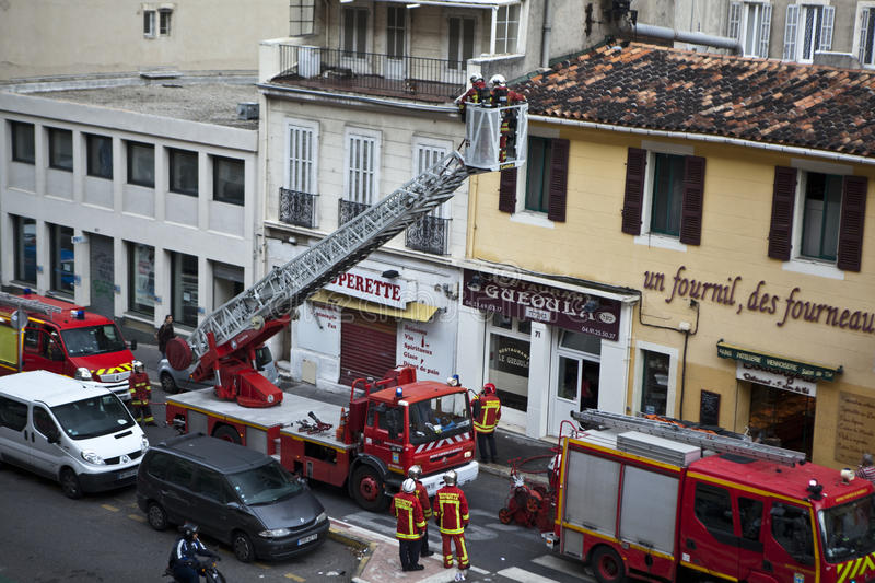 Download Marseille Marine Fire Battalion In Action Editorial Stock Image - Image: 21771614