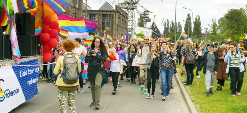 Marsz r?wno?? i tolerancja LGBT ludzie w Europa obrazy stock