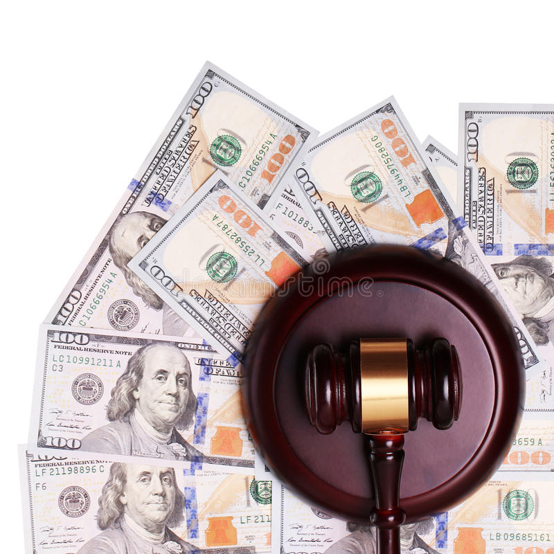 Martelo da lei e dinheiro ou notas de dólar fotografia de stock royalty free