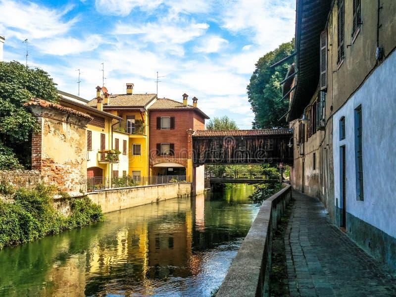 Martesanakanaal, Milaan Italië stock afbeelding