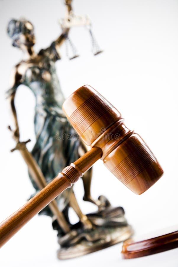 Martillo y dios de la ley fotos de archivo libres de regalías