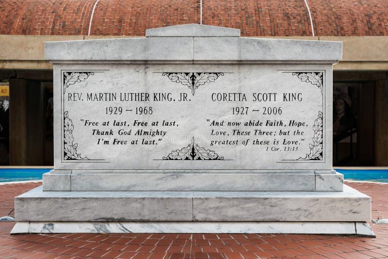 Martin Luther en Coretta King Tomb stock afbeeldingen