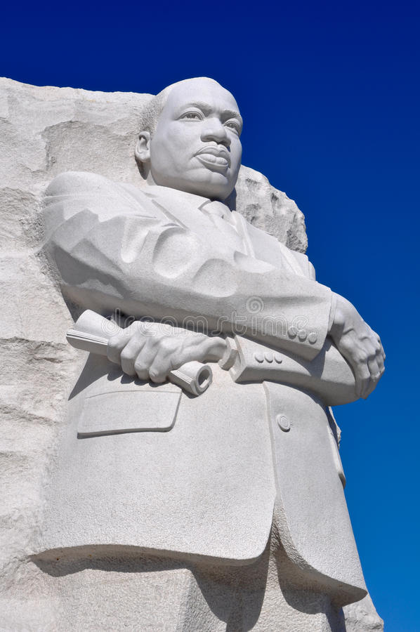 Download Martin Luther King Statue editorial photo. Image of mountain - 22961316