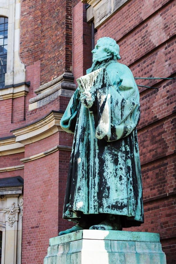 Martin Luther Monument dichtbij van St Michael ` s kerk stock afbeeldingen