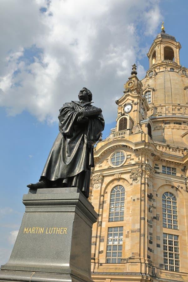 Martin Luther Monument no quadrado de Neumarkt na frente da igreja de nossa senhora Dresdner Frauenkirche, Dresden, Saxony Sachse foto de stock