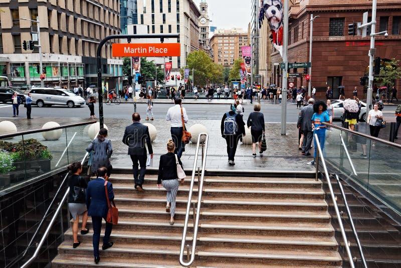 Martin miejsce, Sydney miasto, Australia, dojeżdżający na deszczowym dniu zdjęcia stock