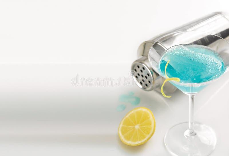 Martini bleu photos libres de droits