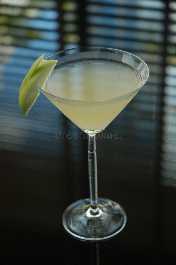 Martini branco com cal foto de stock