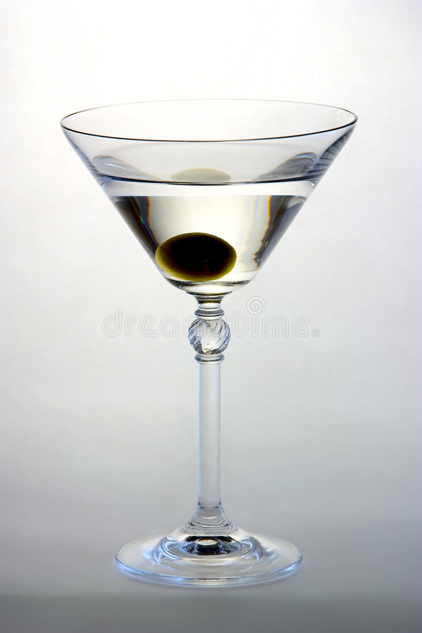 Martini mit Olive stockbilder